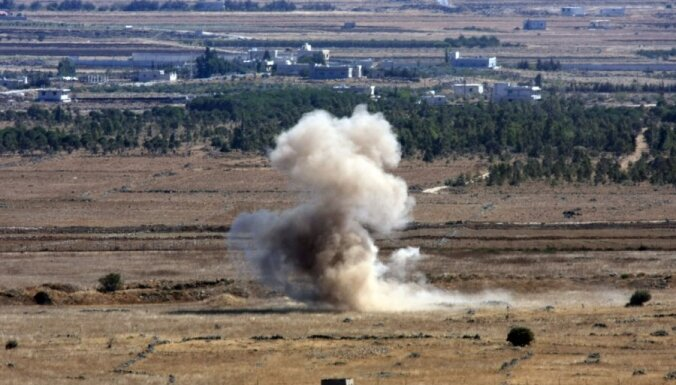 Izraēla evakuējusi simtiem tūristu no Golānas augstienes pēc bruņotas grupas pietuvošanās pie robežas ar Sīriju