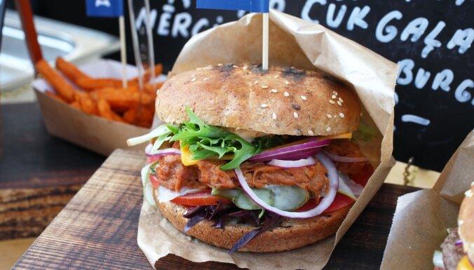Sestdien Esplanādē tiks noskaidrots 2020. gada labākais burgers