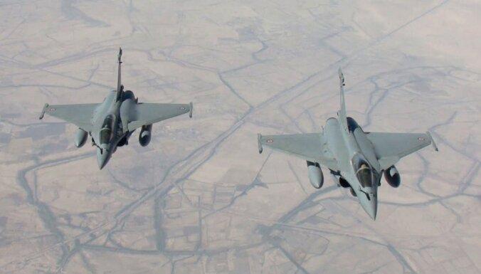 """США предупреждает о терактах """"Аш-Шабаб"""", Франция отправила авианосец на борьбу с ИГ"""
