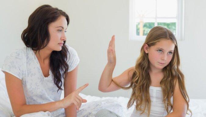 13 frāzes, kuru dēļ rodas strīdi starp bērniem un vecākiem