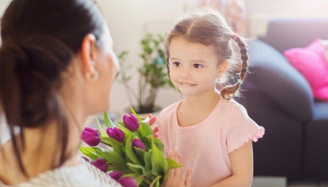 Tirgi, koncerti un aktīva atpūta dabā: Mātes dienai veltītie pasākumi