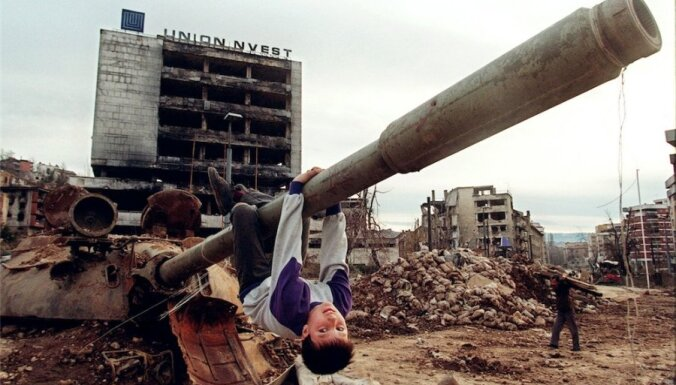 Aprit 20 gadi kopš Bosnijas konflikta - lielākās traģēdijas pēckara Eiropā