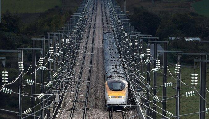 Lielbritānijas dzelzceļa kompānijas atceļ lēmumu izstāties no Eiropas sistēmām 'Interrail' un 'Eurail'
