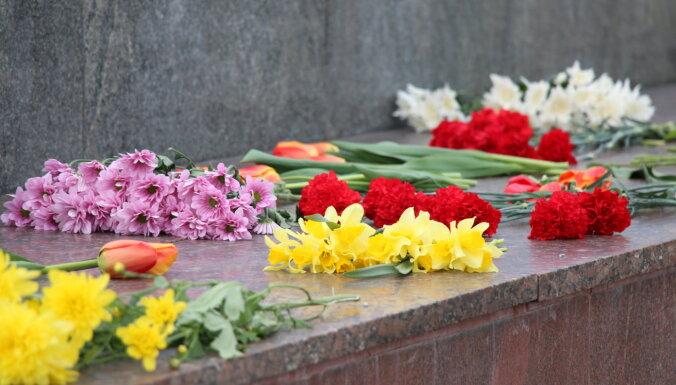 Полиция призывает проявить ответственность и не ходить к памятнику Освободителям 9 мая