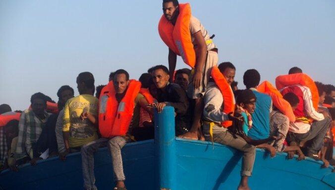 Grieķijas policija izjauc migrantu kontrabandas tīklu Kosas un Samas salās