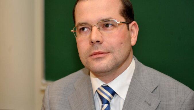 Mamikins tiesājas ar LNT par 284 492 eiro darba samaksas piedziņu