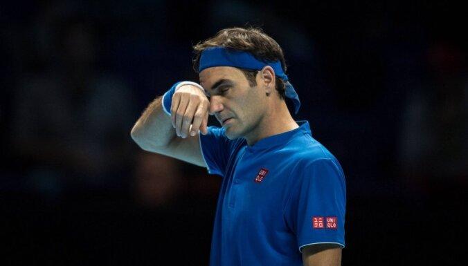 Nišikori apbēdina Federeru sezonas noslēguma turnīrā