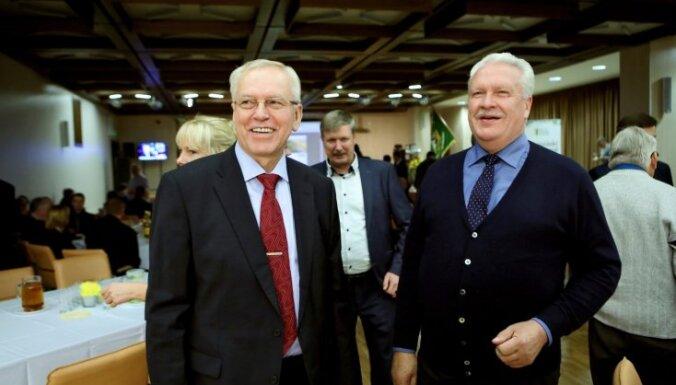 """""""Зеленые крестьяне"""" забирают себе еще два министерства"""