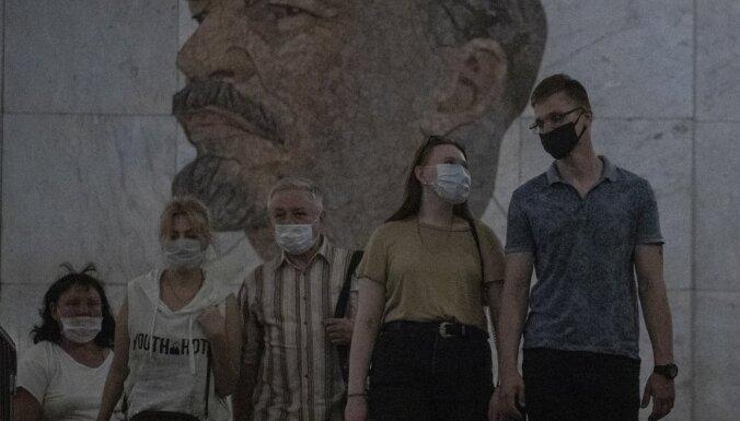 Covid-19: Krievija paziņo par divreiz lielāku upuru skaitu aprīlī