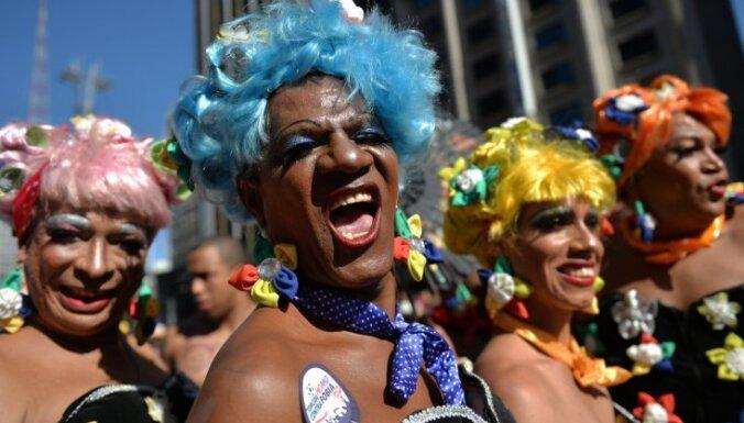 Viendzimuma laulības legalizētas jau 19. ASV štatā