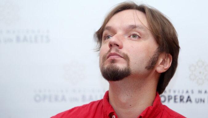 Diriģents Ainārs Rubiķis kļūs par Berlīnes Komiskās operas māksliniecisko vadītāju