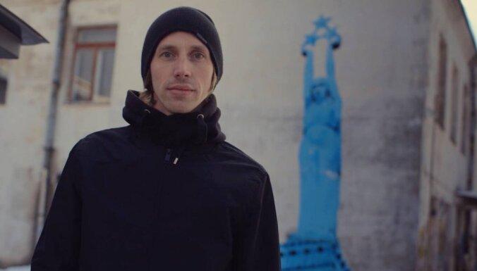 Ielu mākslinieks Dainis Rudens intervijā: 'Nav sliktu ideju, ir tikai neīstie brīži'