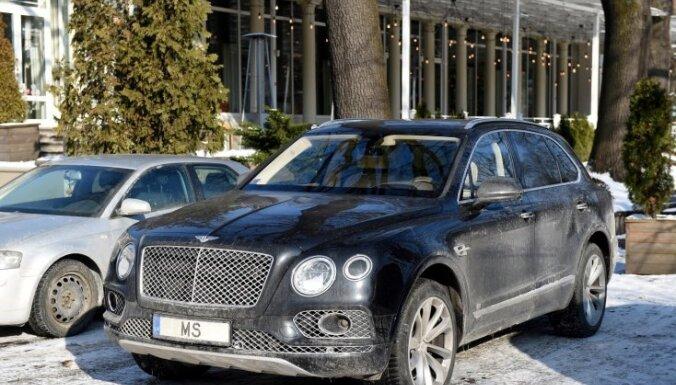 На Bentley администратора Спрудса наложен арест, но ездить на авто не запрещается