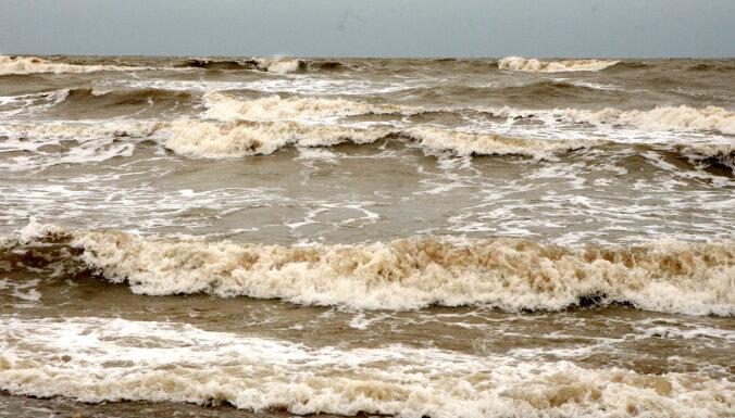 Dzeltenais vēja brīdinājums: Otrajās Lieldienās brāzmas sasniegs 23 m/s