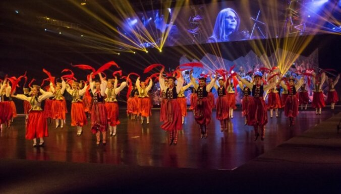 Foto: Grupas 'Iļģi' jubilejas lielkoncerts 'Spēlēju. Dancoju. Dejoju'
