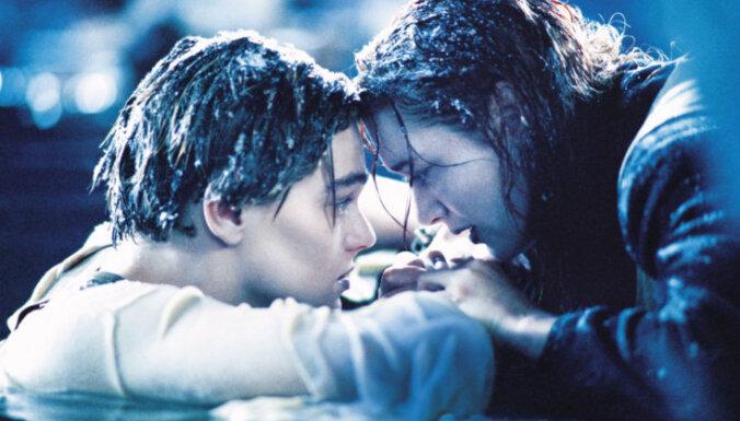 """Питт припер Ди Каприо к стенке за его глупую смерть в """"Титанике"""""""