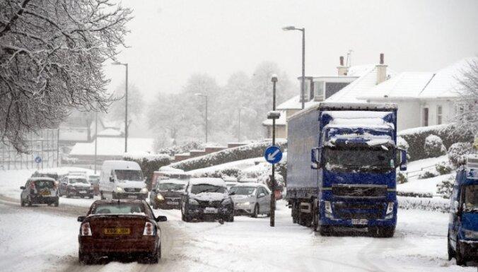 Aizvadītais decembris Lielbritānijā bijis aukstākais pēdējo 120 gadu laikā