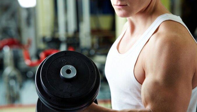 Zinātnieki: lai tiktu pie muskuļiem, nav jāceļ supersmagi svari