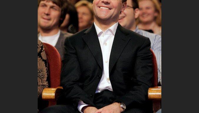 Par Krievijas prezidentu kļuvis Dmitrijs Medvedevs