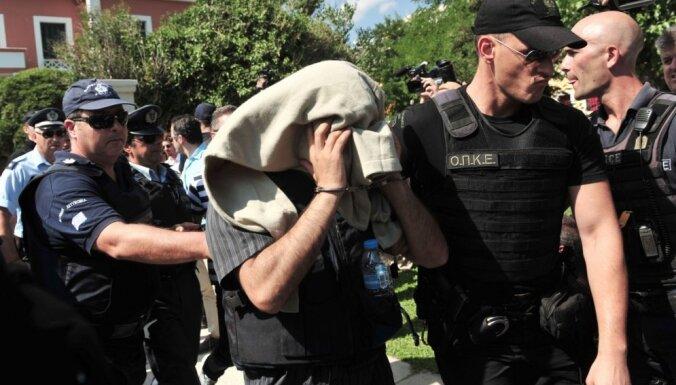 Turcijā jaunā tīrīšanā atlaisti gandrīz 8000 policistu un žandarmu