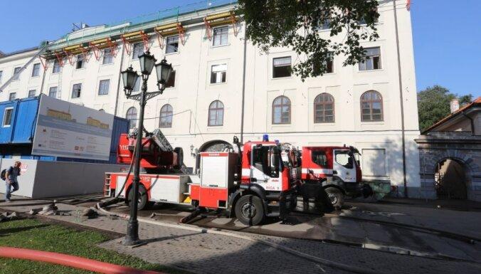 Rīgas pils Konventa rekonstrukciju plāno pabeigt līdz 2018. gada augustam; būvdarbi ieilguši