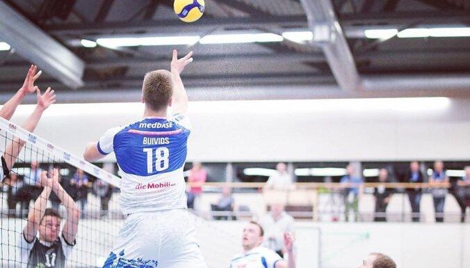 Latvijas volejbolists Buivids stāsta par savu labāko sezonu ārzemēs