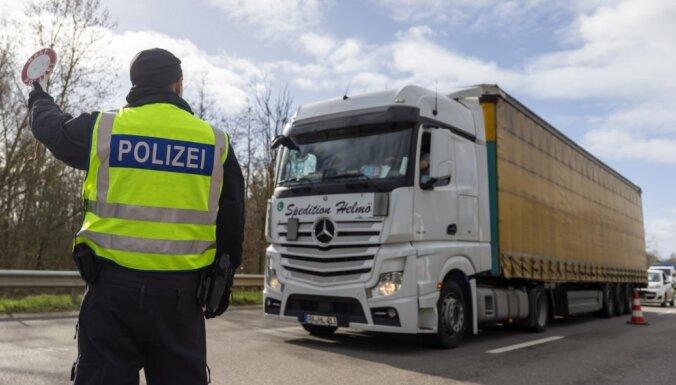 Vācijas valdība paredz bezlimita aizdevumus pandēmijas ietekmētajiem uzņēmumiem