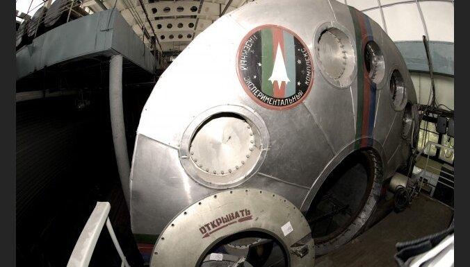 Eiropā meklē brīvprātīgos virtuālajam lidojumam uz Marsu