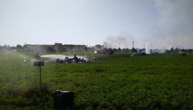 В Испании после парада разбился военный самолет: пилот погиб