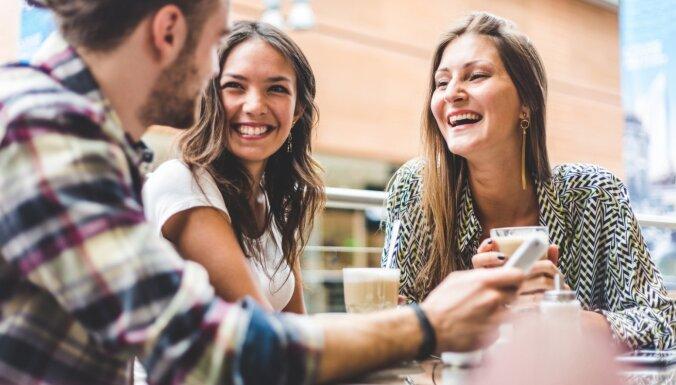 Продлевает жизнь и не только: 6 положительных последствий смеха