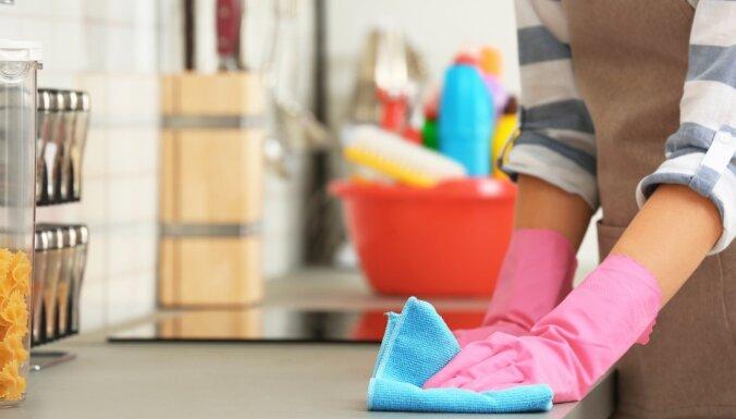 Slepenās vietas virtuvē, kuras parasti aizmirstam iztīrīt