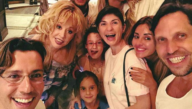 Foto: Krievijas šovbiznesa grandu bērnu ballīte Pugačovas un Galkina pilī