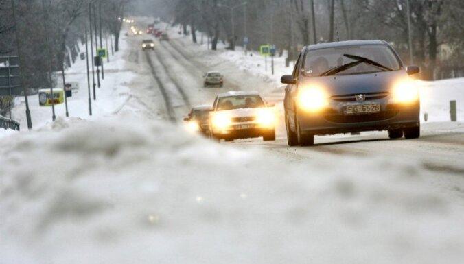 Braukšana Latvijā ir apgrūtināta