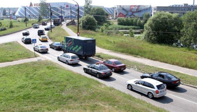 Полицейский микроавтобус с 360-градусной камерой слежения за первый месяц зафиксировал 600 нарушений