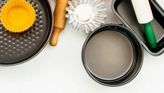 Stikls, keramika vai metāls? Kādus traukus izvēlēties gatavošanai cepeškrāsnī + kulināres pieredze