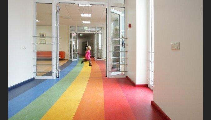 Собраны 10 000 подписей за то, чтобы оплату труда дошкольных педагогов обеспечивали из госбюджета