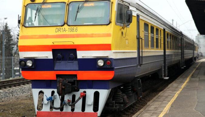 'Rail Baltica' būvniecības dēļ Rīgas Centrālajā stacijā slēgs vairākus sliežu ceļus