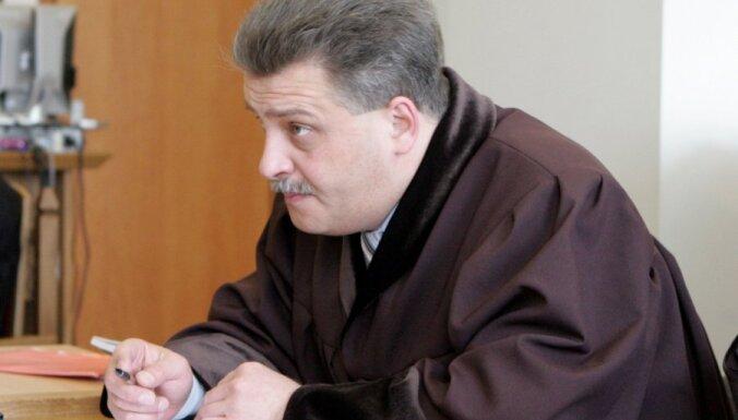 Advokātu padome nesaskata pārkāpumus advokāta Rodes rīcībā