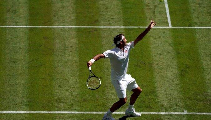 Federers ar uzvaru sāk Vimbldonas tenisa turnīru