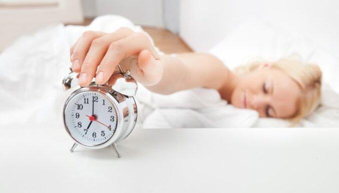 Клопы не спят, не спи и ты: Что надо проверить при заселении в гостиницу?