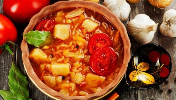 Septiņas krievu virtuves zupas, kas jānogaršo kaut reizi mūžā