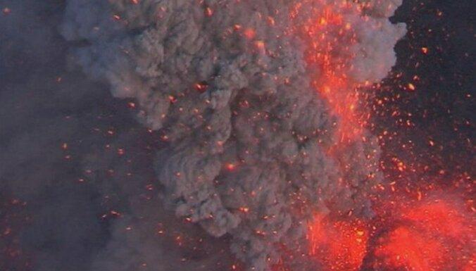 Islande sagatavojusi evakuācijas plānus valsts lielākā vulkāna izvirduma gadījumam