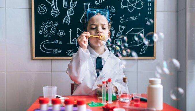 Ņem sodu, citronskābi, cukuru... Kā rosināt bērna interesi par ķīmiju?