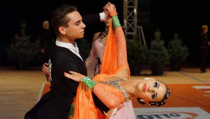 Latvija izcīna sudrabu pasaules čempionātā sporta dejās U21 grupā