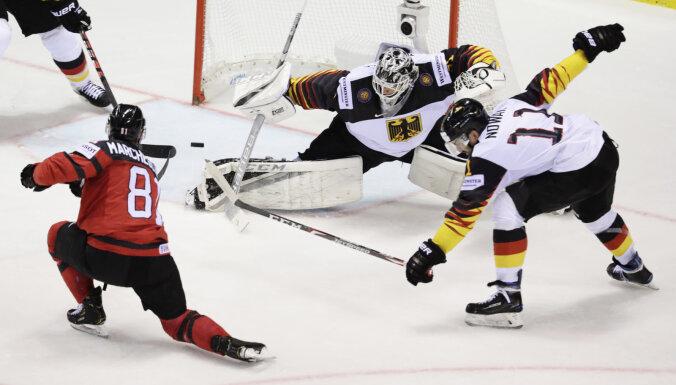Канада и Швеция нанесли соперникам первые поражения, Норвегия догнала Латвию