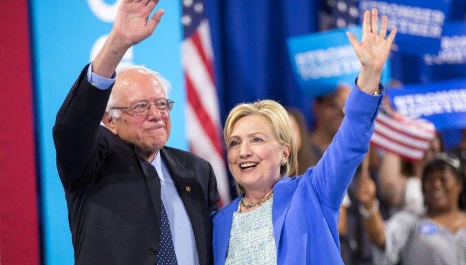 Sanderss nevienam nepatīk, apgalvo Klintone