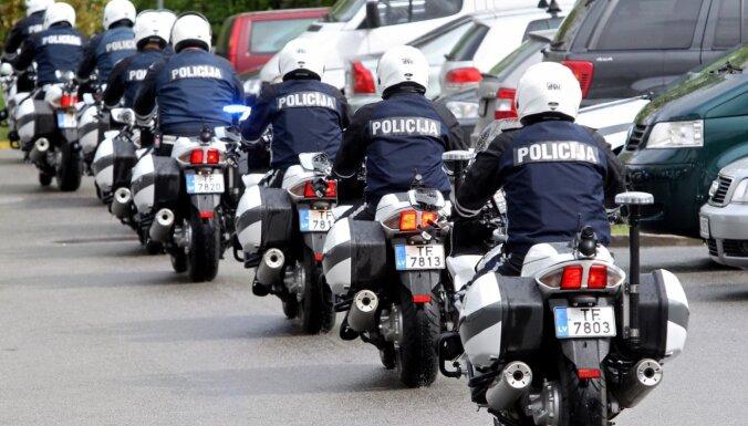Марафон скорости в Латвии: лихачи на BMW, погоня за пьяным водителем и еще более 500 нарушителей