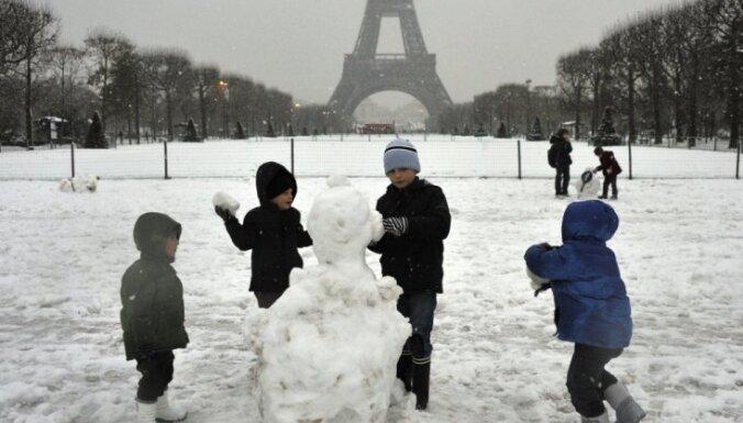 """Во Франции запретили давать детям имена """"Принц Уильям"""" и """"Мини Купер"""""""