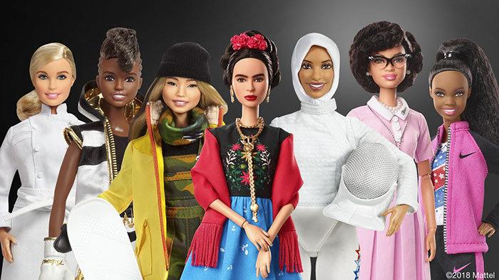 """Mattel представила 18 новых кукол """"Барби"""", похожих на известных сильных женщин"""