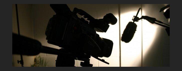 Draudot ar tiesvedību, tiek ierobežota žurnālistu vārda brīvība, uzskata rakstnieku biedrība